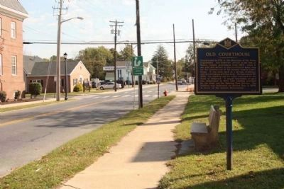 Old Courthouse Marker, looking south on South Bedford Street image. Click for full size.