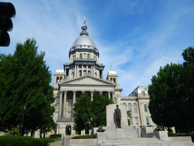 Illinois State Capitol image. Click for full size.