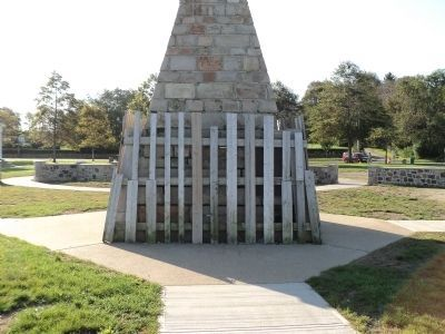 Memorial to the French Fleet image. Click for full size.