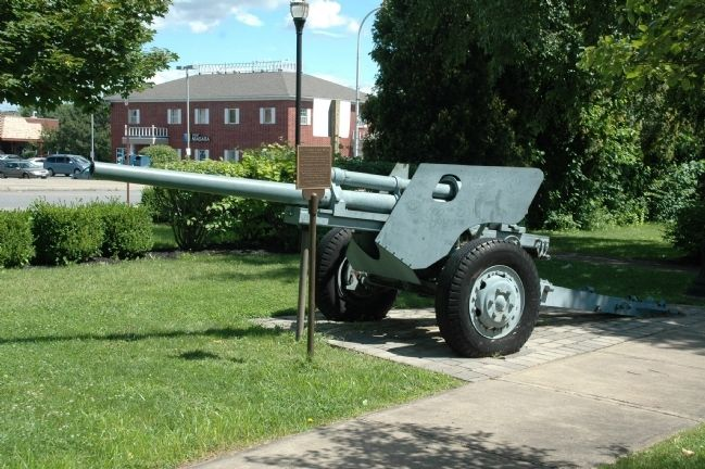 U.S. Army 3 Inch M5 Antitank Gun & Marker image. Click for full size.