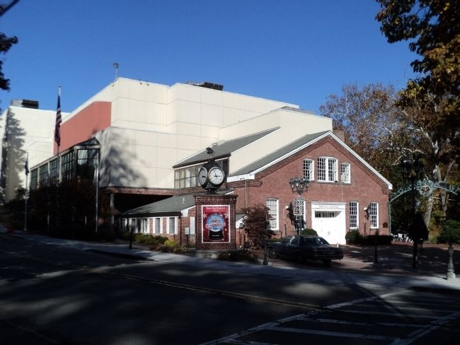 Paper Mill Playhouse image. Click for full size.