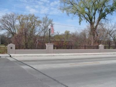 Current Bridge and Plaque image. Click for full size.