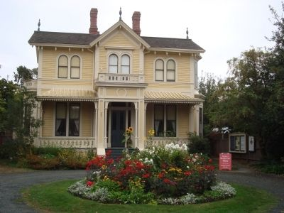 The Emily Carr House image. Click for full size.