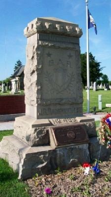 Hampson Post No. 499 G.A.R. Civil War & Veterans Memorial image. Click for full size.