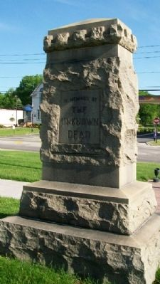 Hampson Post No. 499 G.A.R. Civil War Memorial image. Click for full size.