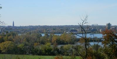 View toward the Potomac River from the Oxon Hill Hiker/Biker Trail image. Click for full size.