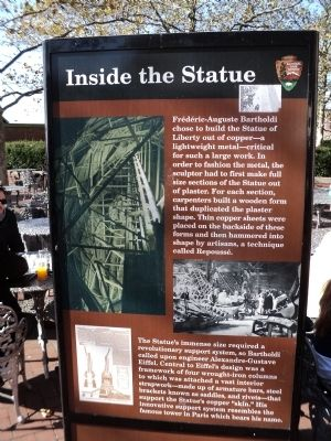 Inside the Statue Marker image. Click for full size.