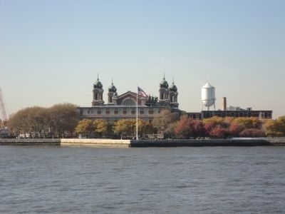 Ellis Island Immigration Center image. Click for full size.