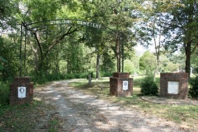 Entrance gate to Shiloh Cemetery image. Click for full size.
