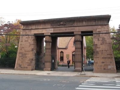 The Entrance to Grove Street Cemetery image. Click for full size.