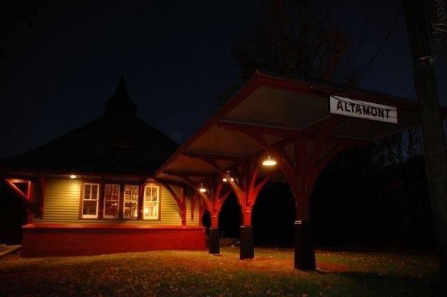 The Altamont Train Station image. Click for full size.