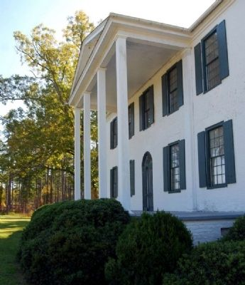 Belfast Plantation<br>Portico image. Click for full size.