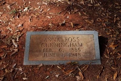 Anna Ross Cunningham Tombstone image. Click for full size.