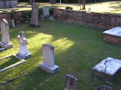 Old Presbyterian Burying Ground image. Click for full size.