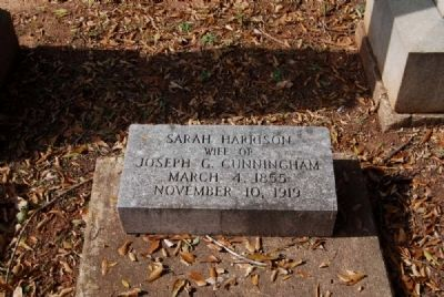 Sarah Harrison Tombstone image. Click for full size.