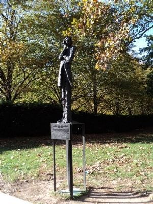 Edouard Rene De Laboulaye<br>Sculpture and Marker image. Click for full size.