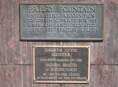Priley Fountain / Duluth Civic Center Plaques image. Click for full size.