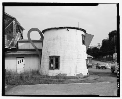 Bedford Coffee Pot, Bedford, PA image. Click for full size.