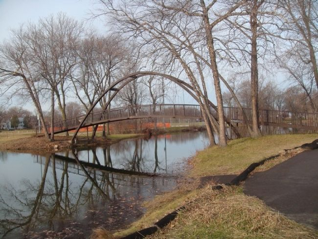 Tenney Park Steel Bridge image. Click for full size.