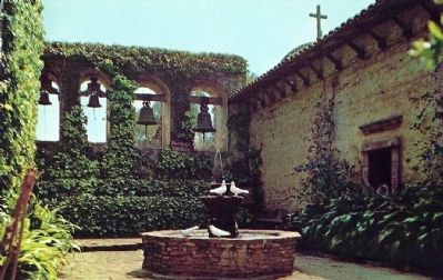 Mission San Juan Capistrano image. Click for full size.