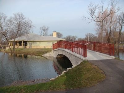 Tenney Park Pavilion image. Click for full size.