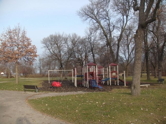 Tenney Park Playground image. Click for full size.