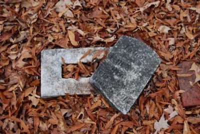Infant Tombstone image. Click for full size.