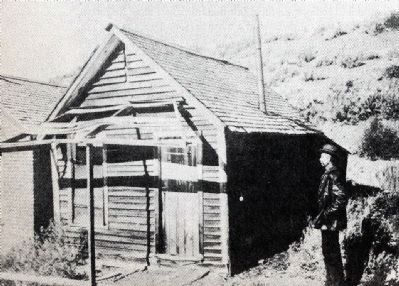 Mark Twain Cabin image. Click for full size.