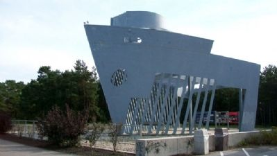 Liberty Ship Memorial image. Click for full size.