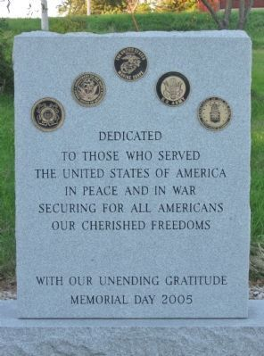 Almond Veterans Memorial image. Click for full size.