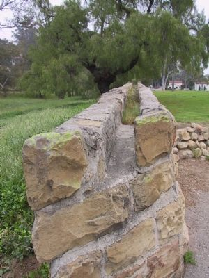 The Santa Barbara Mission Aqueduct image. Click for full size.