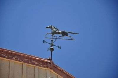 Las Flores Ranch Barn Weathervane image. Click for full size.