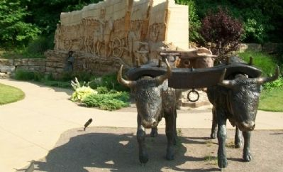 Wagon Trail Sculpture in Pioneer Crossing Park image. Click for full size.