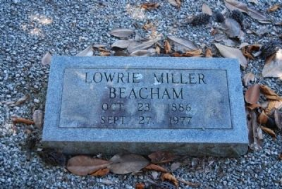 Lowrie Miller Beacham Tombstone image. Click for full size.