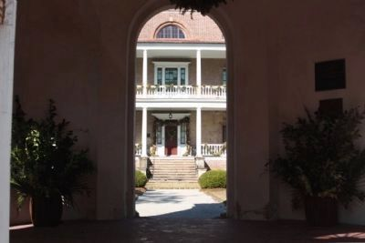 The Joseph Manigault House Front door seen from the Gate Temple image. Click for full size.