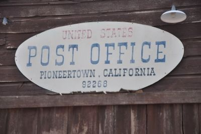 Post Office image. Click for full size.