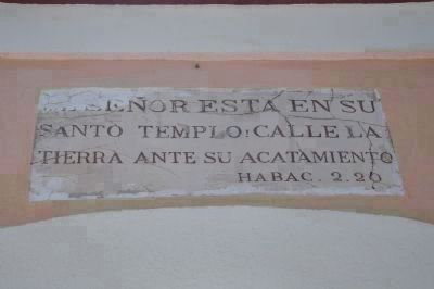 Santo Templo Marker (top middle) image. Click for full size.