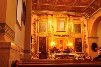 Nuestra Señora la Reina de Los Angeles (interior view) image. Click for full size.
