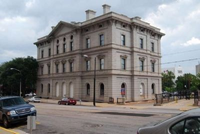 Columbia City Hall<br>Laurel Street Facade image. Click for full size.