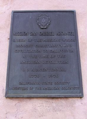 Daughters of the American Colonists Marker (left) image. Click for full size.