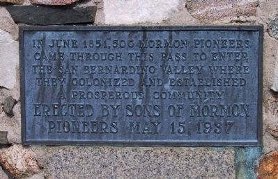 Mormon Trail Monument Marker image. Click for full size.