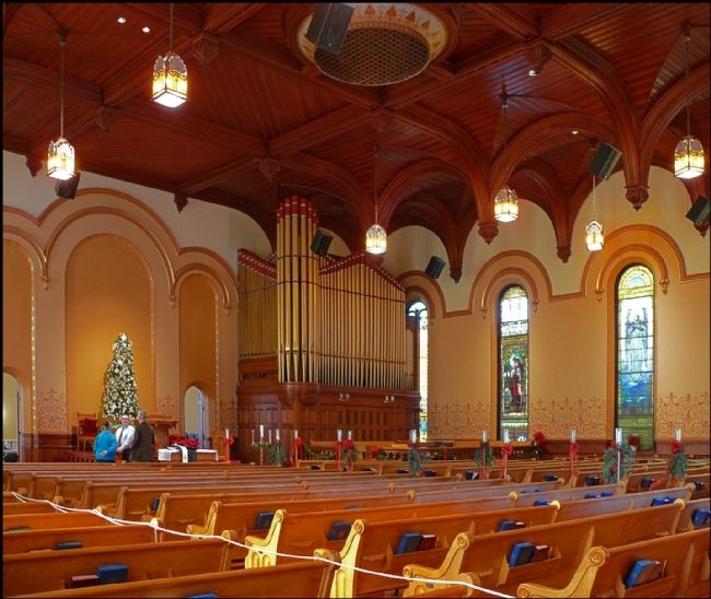 Interior of First Presbyterian Church image. Click for full size.