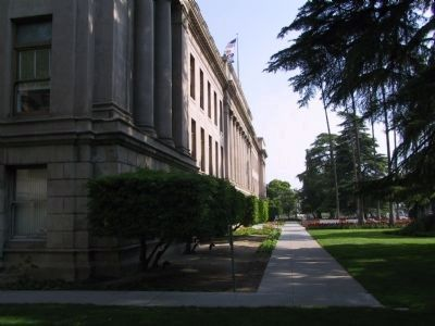 San Bernardino County Courthouse image. Click for full size.