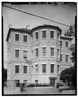 14 George Street   Middleton-Pinckey House image. Click for full size.
