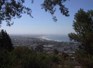 View of Ventura Coastline from Grant Park image. Click for full size.