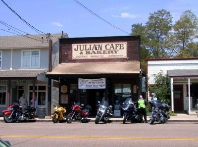 Julian Cafe & Bakery image. Click for full size.