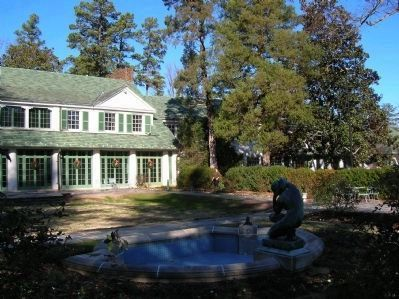 Reynolda House (right) image. Click for full size.