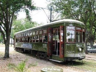 St. Charles Line Streetcar image. Click for full size.