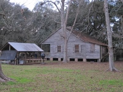 Destrehan Plantation Outbuildings image. Click for full size.