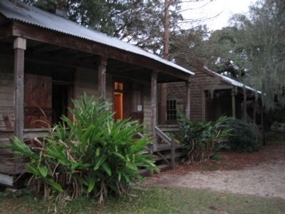 Destrehan Plantation Slave Cabins image. Click for full size.